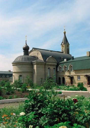 Трапезный храм Всех Святых, в Земле Русской просиявших